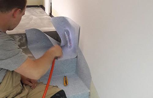 wykładziny elastyczne pcv montaż